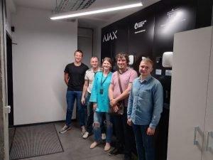 Студенти та співробітники лабораторії систем технічного захисту інформації відвідали компанію Ajax Systems