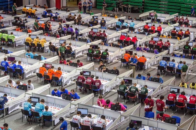 Команды ХНУРЭ приняли участие в Чемпионате по спортивному программированию