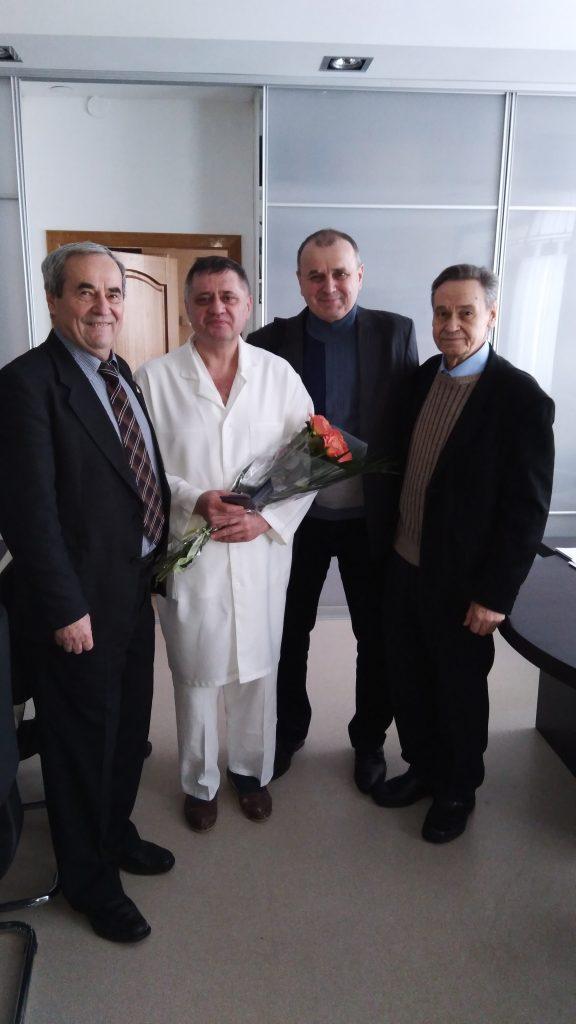 Ректор ХНУРЭ поздравил с Днем рождения директора института общей и неотложной хирургии Валерия Бойко