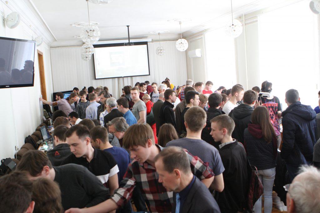 В ХНУРЭ прошла выставка технического творчества молодежи
