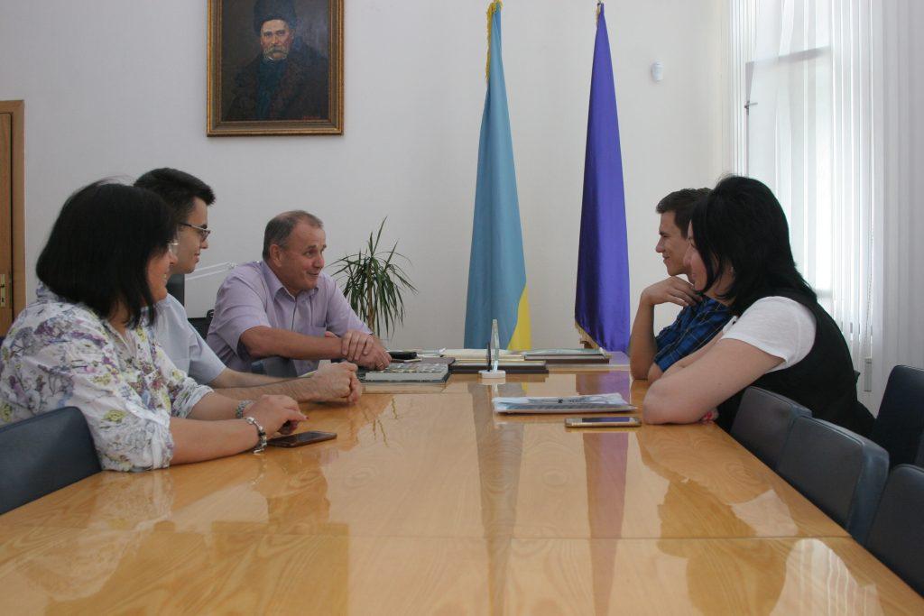 Ректор ХНУРЭ провел встречу со студентами, успешно прошедшими обучение в рамках программы Erasmus + в Болгарии