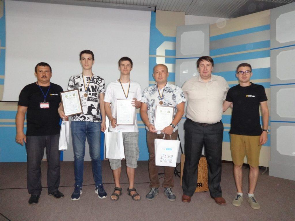 Студенти ХНУРЕ стали одними з кращих у міжнародній школі з програмування.