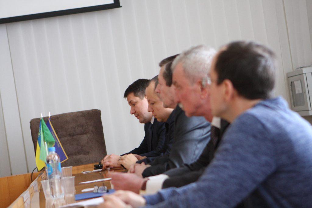 Представители ХНУРЭ приняли участие в круглом столе