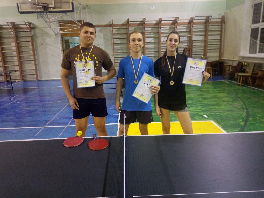 В ХНУРЭ прошли соревнования по настольному теннису
