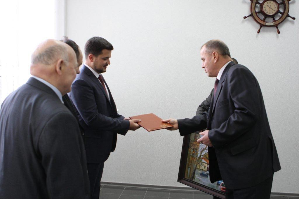 Ректор ХНУРЭ Валерий Семенец поздравил НПП ООО «ХМЗ «ФЭД» с юбилеем