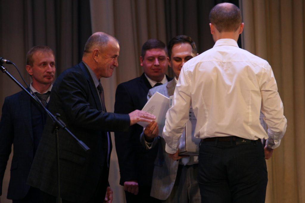Ректор ХНУРЭ поздравил школу-интернат «Одаренность» с юбилеем