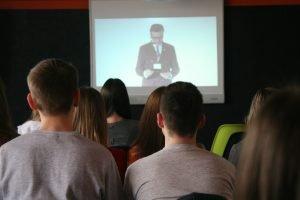 Студенты ХНУРЭ присоединились к онлайн конференции Римского клуба