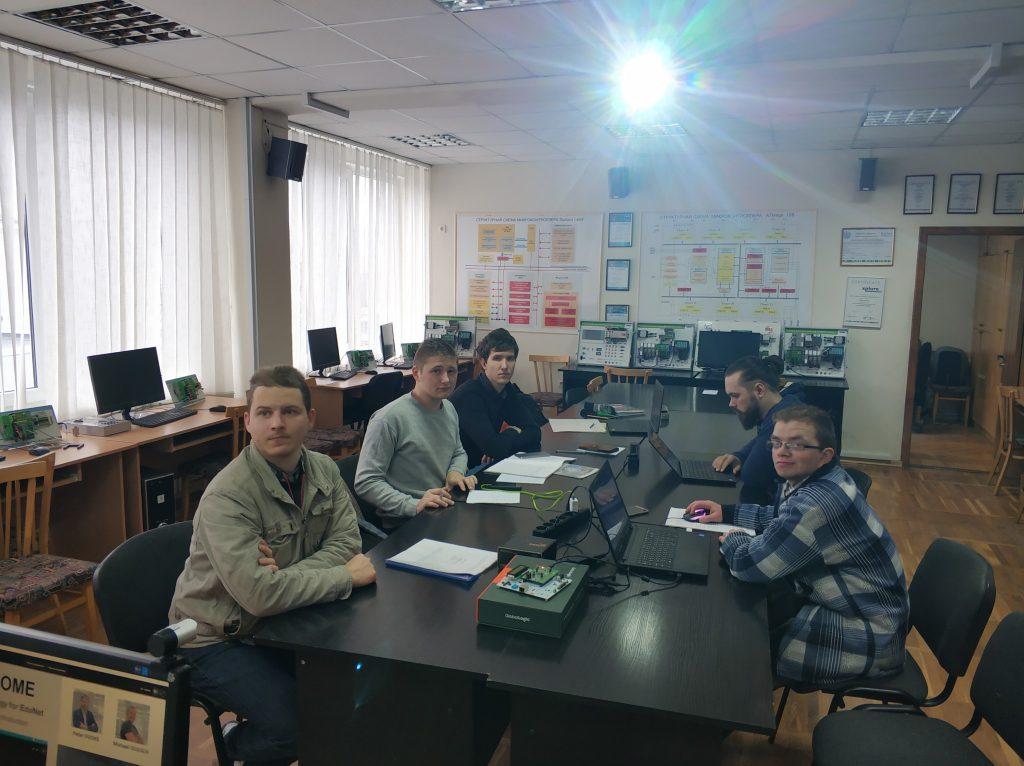 В ХНУРЭ состоялся вебинар «PLCnext technology for education and industry»