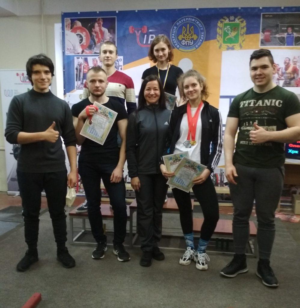 Спортсмены ХНУРЭ приняли участие в Чемпионате Харьковской области по классическому пауэрлифтингу