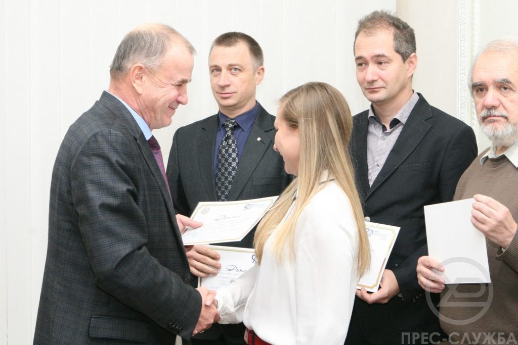 Ученый совет ХНУРЭ отметил достижения ученых и студентов университета