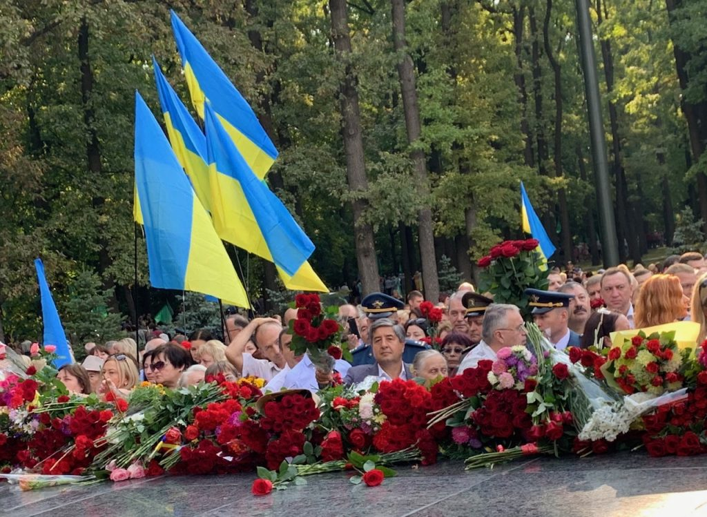 NURE leadership honoured the memory of the heroes-liberators of Kharkiv