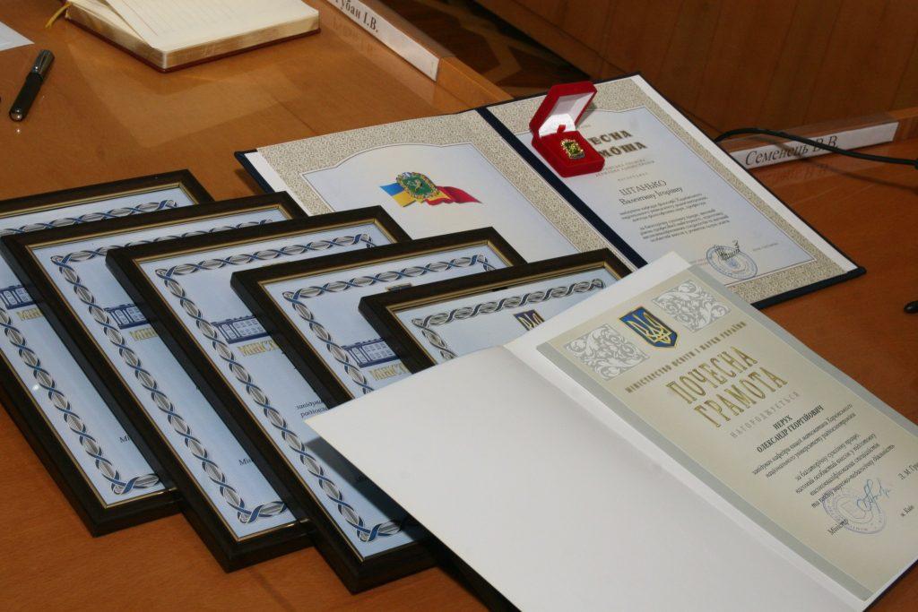 Ученый совет ХНУРЭ поздравил работников университета с получением государственных наград