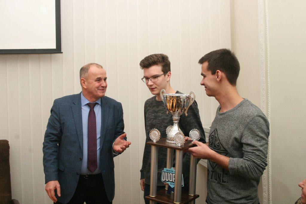 Ученый совет ХНУРЭ отметил достижения студентов и сотрудников университета