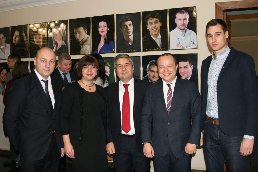Representatives of NURE congratulated the Albanian Diaspora on Independence Day