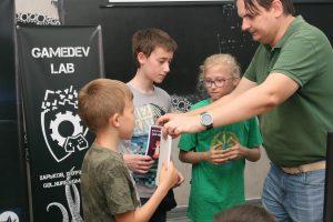 В ХНУРЭ школьникам рассказали о современных технологиях в компьютерных играх