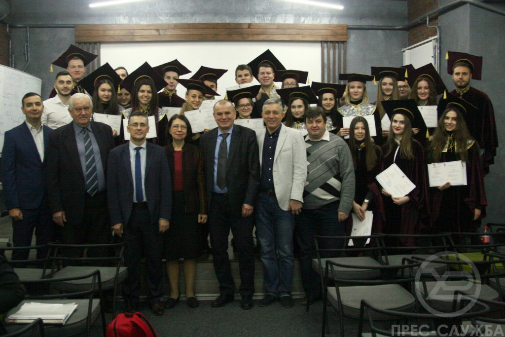 Rector of NURE presented the diplomas to the masters