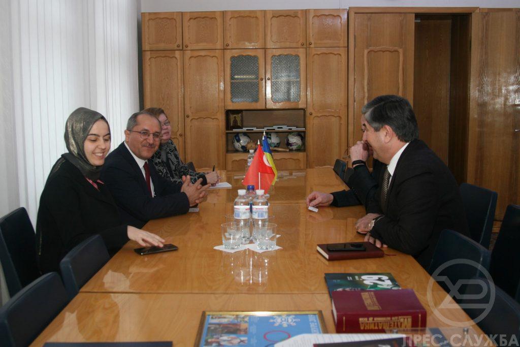 Представители турецкой компании TR -Motor посетили ХНУРЭ