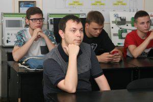 ХНУРЕ отримав навчальні набори Embedded Starter Kit від компанії GlobalLogic