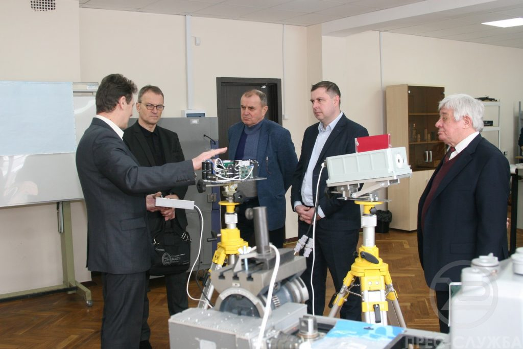 NURE presented its developments to the military