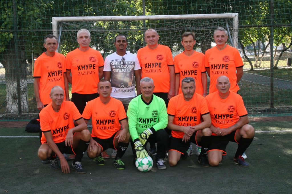 The football team of veterans of NURE got a new form