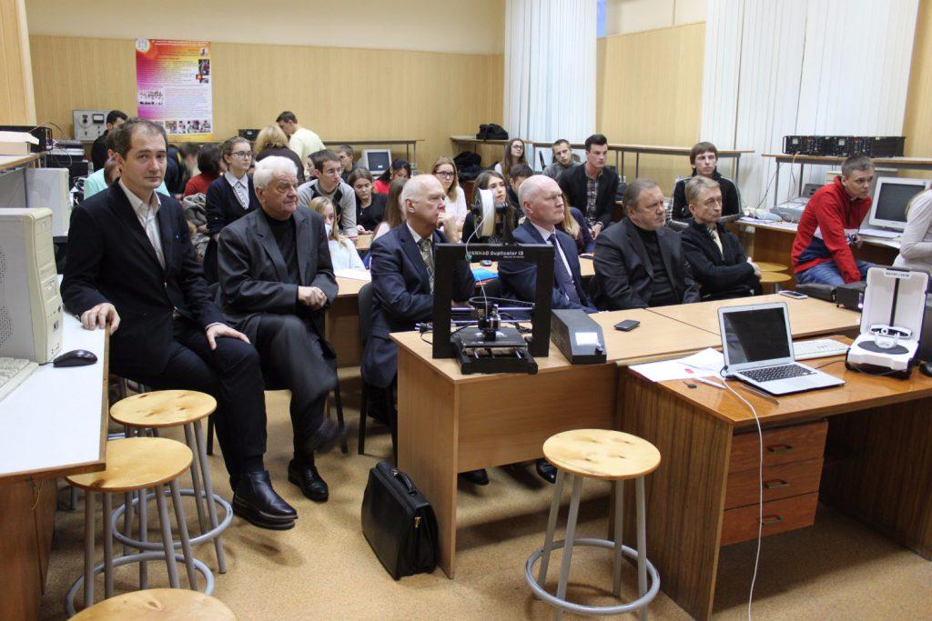Студентські наукові товариства ХНУРЕ і ХНМУ продовжують плідну співпрацю