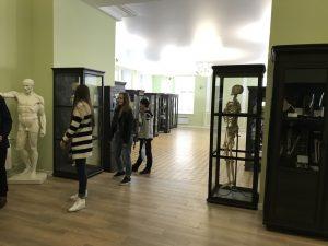 Студенти кафедри БМІ відвідали музей анатомії ХНМУ
