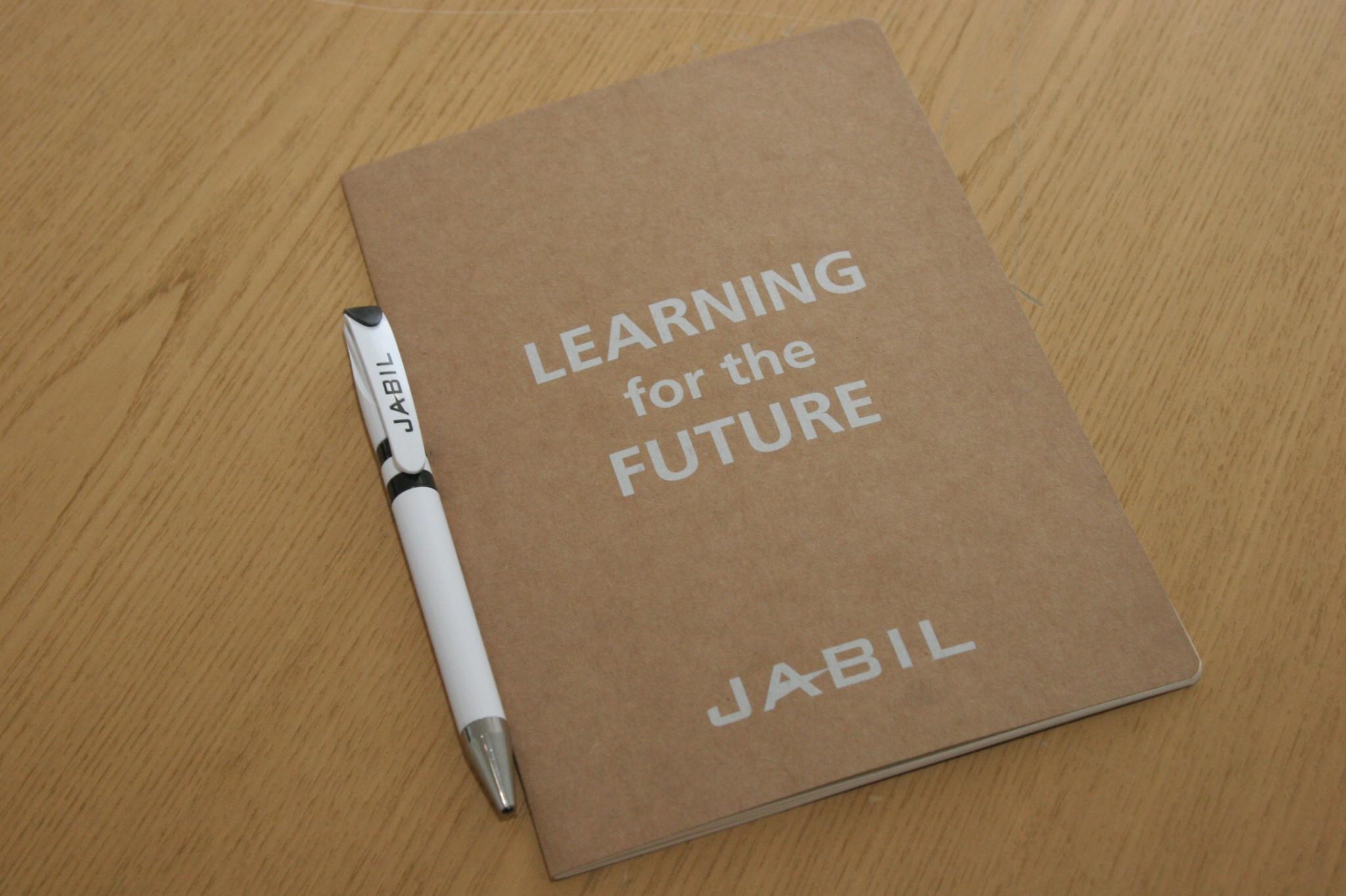 Студентам ХНУРЕ розповіли про можливості практики у компанії JABIL