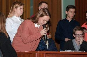 Студенти та викладачі ХНУРЕ змагались у турнірі «Що? Де? Коли?»