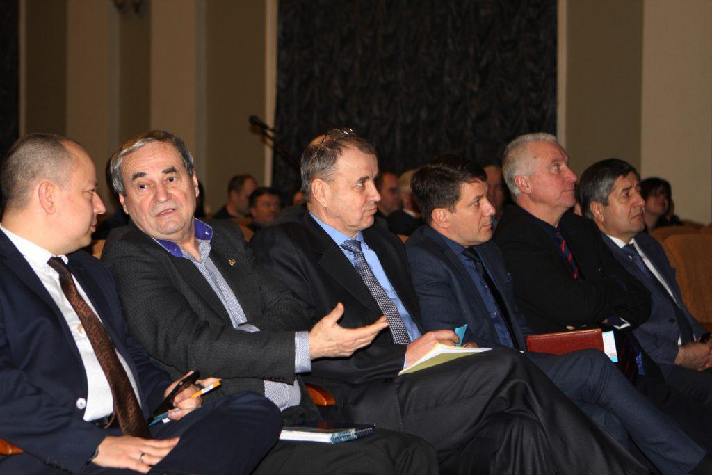 У ХНУРЕ пройшла конференція трудового колективу