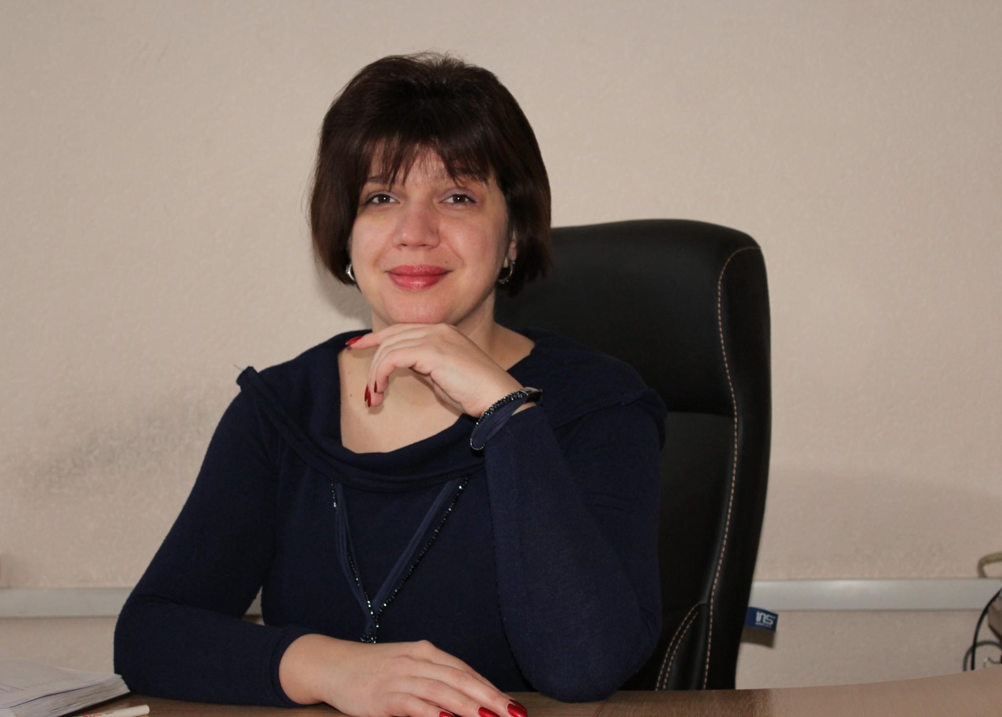 Олена Борисівна Волощук