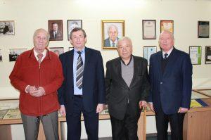У ХНУРЕ відкрилась експозиція, присвячена 55-річчю кафедри МІРЕС